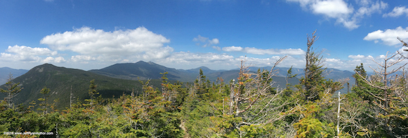 Photo of the Franconia Range